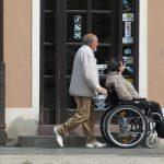 老老介護の問題点と解決策とは?父と母の実態と事件防止対策